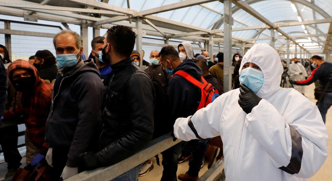 Израиль вакцинирует рабочих из Палестинской автономии
