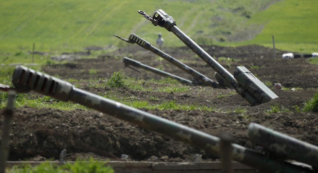 """В ответ на """"пьяные провокации"""" в Карабахе атаковали российских военных"""