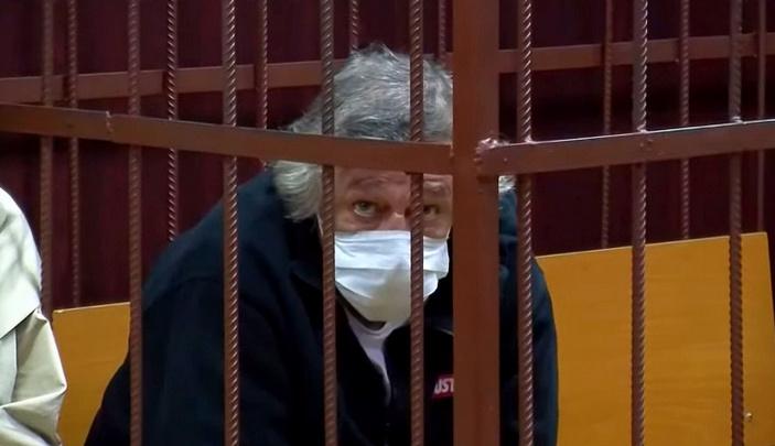 Российский федеральный телеканал сообщил о психическом расстройстве Михаила Ефремова