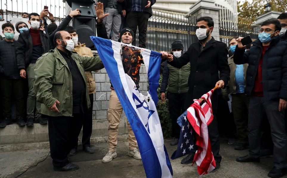 """Иран жаждет возмездия за смерть Фахризаде, но отложит месть """"коварному сионистскому режиму"""" до инаугурации Байдена"""
