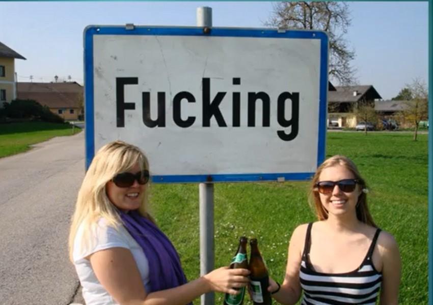 Австрийцы проголосовали за изменение названия деревни: все смеются и издеваются