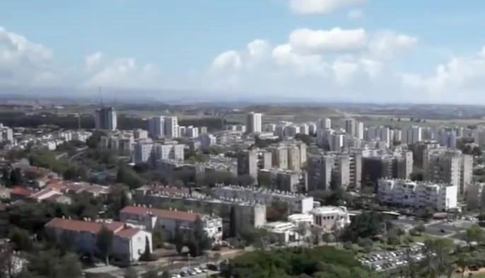 НДИ обвиняет Минстрой в краже социального жилья у репатриантов в пользу синагог