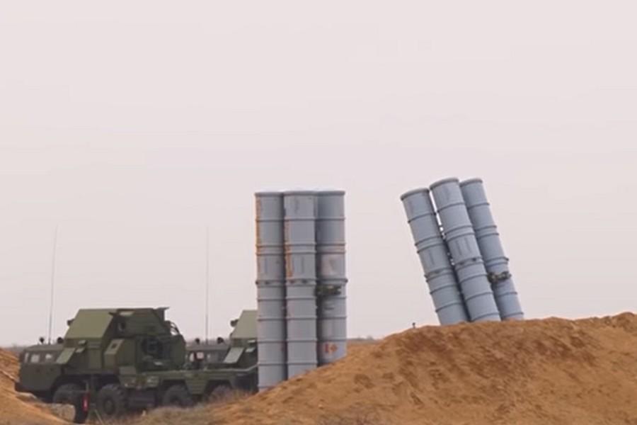В Дамаске не все спокойно, Москва не запрещает Израилю бомбить Сирию