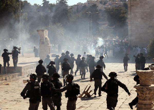 ХАМАС поставил ультиматум: освободить до 18.00 от полицейских Храмову гору и Шейх Джарах