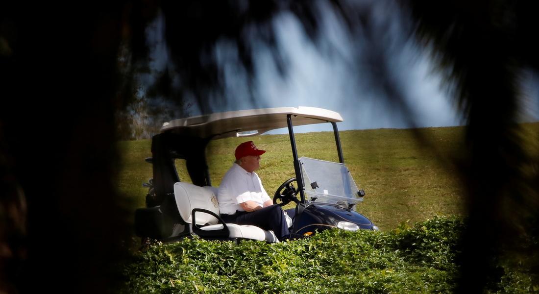 """Настало время и отдохнуть: стало известно, чем занимался Трамп в первое утро своего """"экс-президентства"""""""