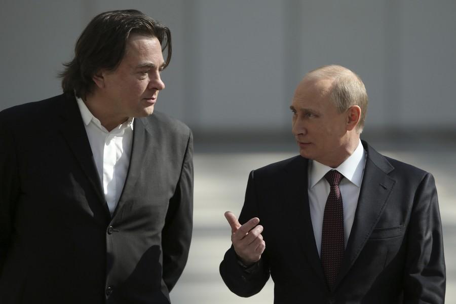 США готовят ударные санкции по России. В списке все окружение Путина