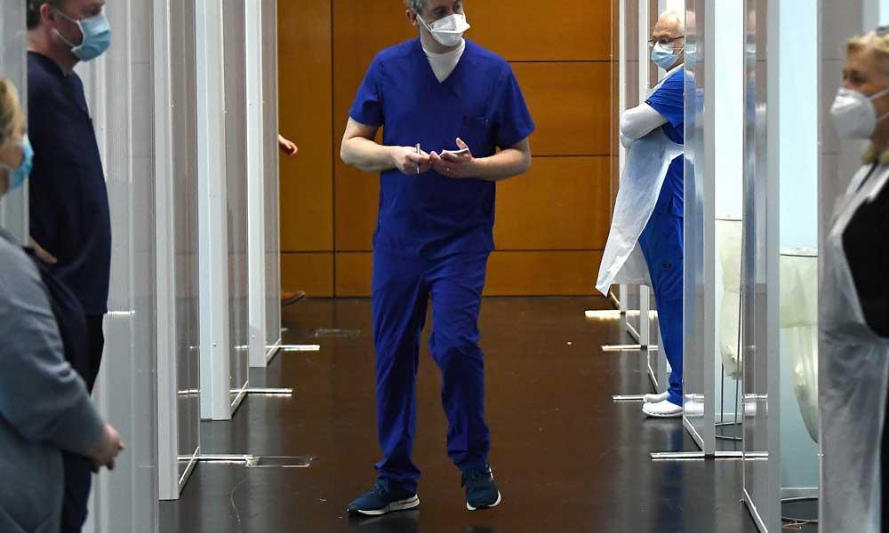Минздрав Израиля впервые лишил лицензии врача - ковид-диссидента
