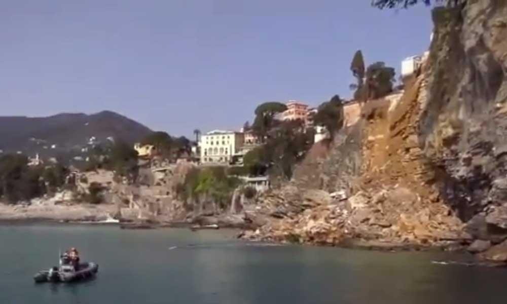 В Италии удар стихии отправил в свободное плавание сотни покойников