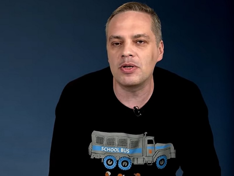 Насильно Милов не будешь: известный соратник Навального покинул Россию, опасаясь ареста