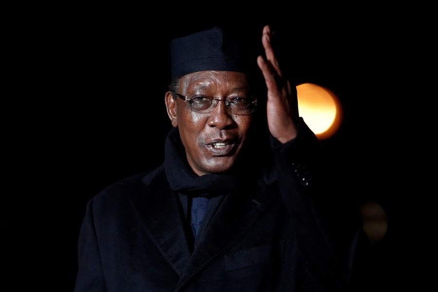 Обыкновенный Чад: правящий тридцать лет президент снова выиграл выборы и почти сразу  умер на поле боя