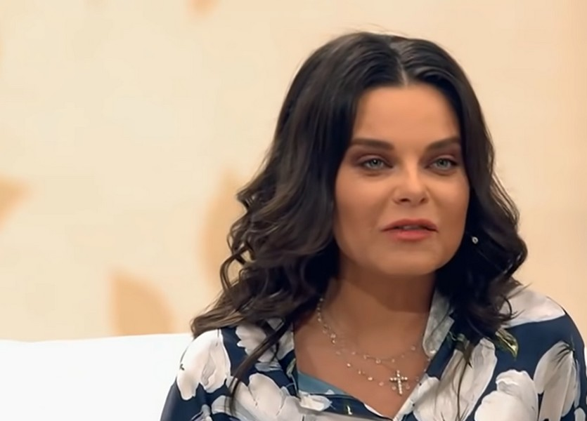 Певица Наталья Королева снялась в бане: из одежды только шапка и полотенце. ФОТО