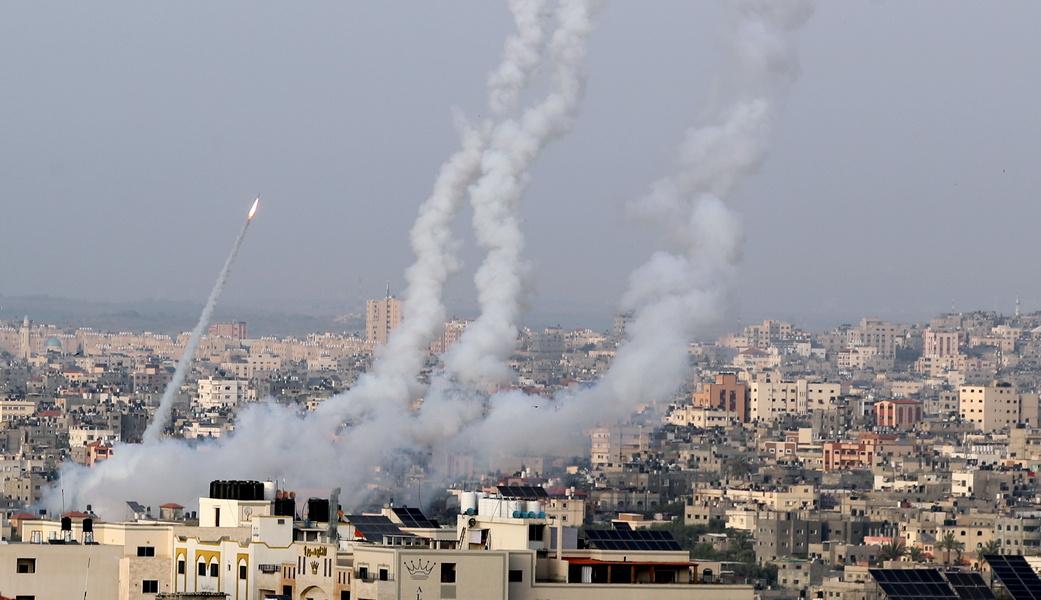 В Эшколе ракета террористов попала в жилой дом