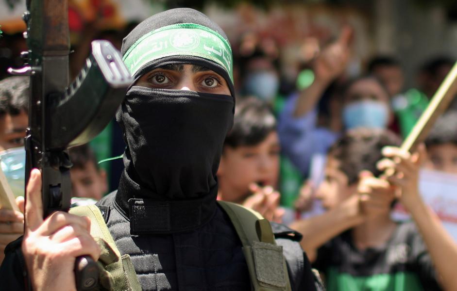 Обстрелы из Газы продолжаются, в центре открывают убежища, Ганц объявил чрезвычайное положение