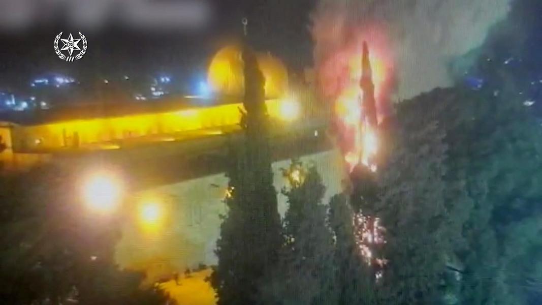 Новая напасть: пожар на Храмовой горе, арабы по всей стране бьются с полицией