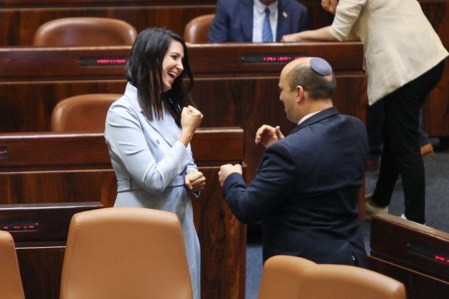Исторический момент в Кнессете: Ширли Пинто стала первым слабослышащим депутатом