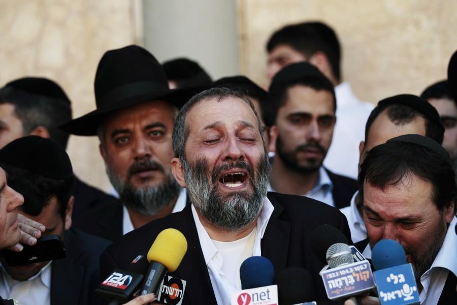 """Не той системы у него калькулятор: лидер ШАСа подсчитал """"не еврейских"""" репатриантов и ужаснулся"""