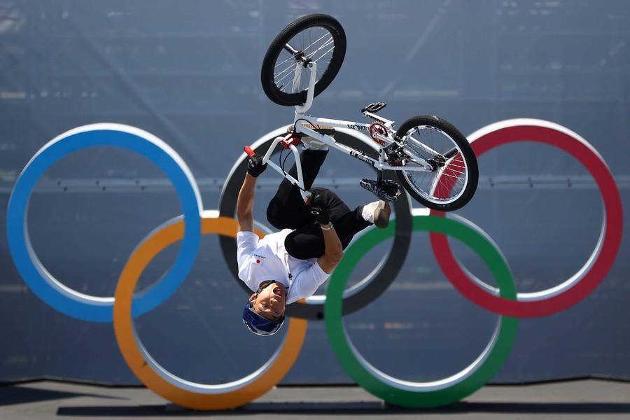 Красота — страшная сила: топ-5 фотографий прошедшего дня Олимпиады.