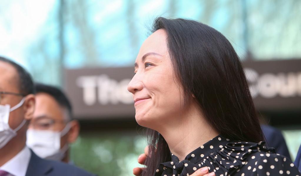 После трехлетнего канадского плена: Мэн Ваньчжоу вернулась в Китай