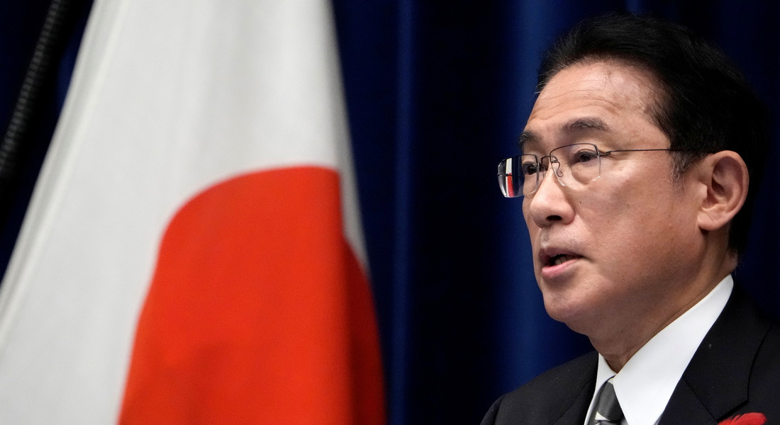 """В Токио заговорили о возможности нанесения превентивных ударов по """"базам противников"""""""