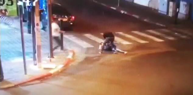"""Реховот: агрессивный """"эфиоп"""" избил девушку, не пожелавшую с ним знакомиться"""