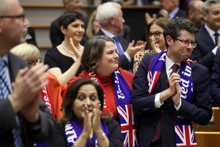 """В последнюю минуту: Великобритания и Евросоюз сумели заключить торговую сделку по """"брекситу"""""""